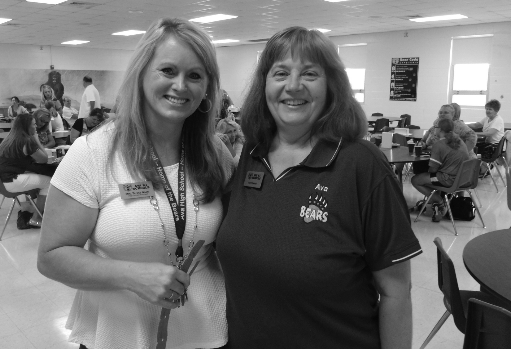 Principal Teresa Nash (left) and Carol Owens at Town & Country Bank's annual back-to-school breakfast.